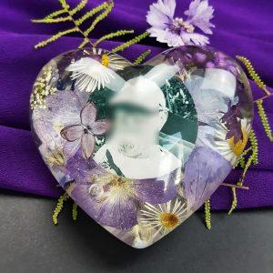 Herz mit Blumen und Bild